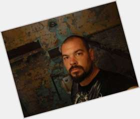 "<a href=""/hot-men/aaron-goodwin/is-he-married-leaving-ghost-adventures-single-sick"">Aaron Goodwin</a> Athletic body,  bald hair & hairstyles"