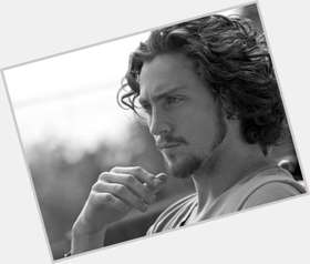 "<a href=""/hot-men/aaron-taylor-johnson/is-he-married-british-dating-wife-tall-much"">Aaron Taylor Johnson</a> Slim body,  dark brown hair & hairstyles"