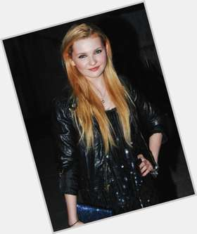 "<a href=""/hot-women/abigail-breslin/is-she-dating-jack-barakat-single-walking-anyone"">Abigail Breslin</a> Slim body,  dyed blonde hair & hairstyles"