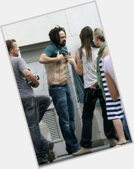 "<a href=""/hot-men/adam-duritz/is-he-black-bald-colorblind-married-hair-real"">Adam Duritz</a> Average body,  black hair & hairstyles"