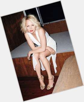 "<a href=""/hot-women/adelaide-clemens/is-she-related-michelle-williams-dating"">Adelaide Clemens</a> Average body,  blonde hair & hairstyles"