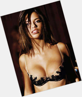 "<a href=""/hot-women/adriana-lima/is-she-black-still-married-angel-pretty-white"">Adriana Lima</a> Slim body,  dark brown hair & hairstyles"