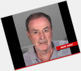 "<a href=""/hot-men/al-michaels/is-he-married-divorce-bald-related-lorne-republican"">Al Michaels</a> Average body,  dark brown hair & hairstyles"