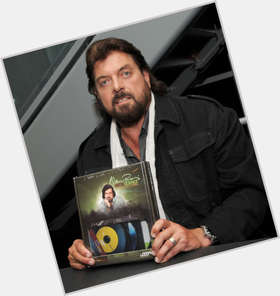 "<a href=""/hot-men/alan-parsons/is-he-project-satanic-still-alive-married-freemason"">Alan Parsons</a> Average body,  dark brown hair & hairstyles"