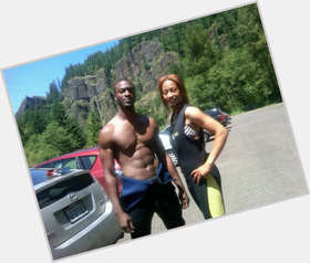 "<a href=""/hot-men/aldis-hodge/is-he-married-dating-anyone-beth-riesgraf-single"">Aldis Hodge</a> Average body,  black hair & hairstyles"
