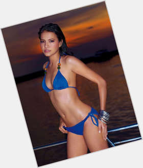 "<a href=""/hot-women/alessandra-de-rossi/is-she-where"">Alessandra De Rossi</a> Slim body,  black hair & hairstyles"