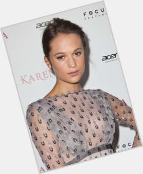"<a href=""/hot-women/alicia-vikander/is-she-dating-tall"">Alicia Vikander</a> Slim body,  black hair & hairstyles"