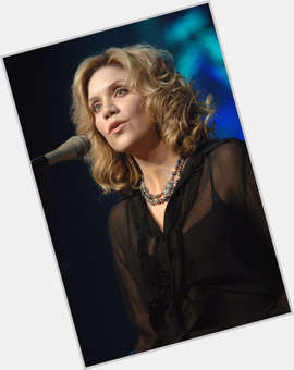 "<a href=""/hot-women/alison-krauss/is-she-married-tour-christian-touring-democrat-dating"">Alison Krauss</a>"