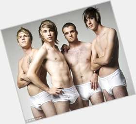 "<a href=""/hot-men/all-time-low/is-he-pop-punk-girl-band-emo-rock"">All Time Low</a>"