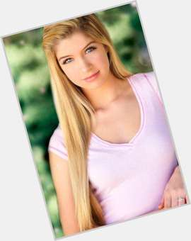 "<a href=""/hot-women/allie-deberry/is-she-still-ant-farm-single-married-virgin"">Allie Deberry</a> Average body,  blonde hair & hairstyles"