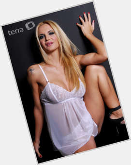 Amalia Granata dyed blonde hair & hairstyles Voluptuous body,