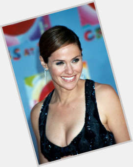 "<a href=""/hot-women/amy-brenneman/is-she-sick-married-pregnant-leaving-private-practice"">Amy Brenneman</a> Slim body,  dark brown hair & hairstyles"