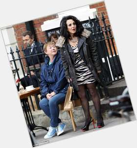"<a href=""/hot-women/lesley-joseph/is-she-married-freesat-advert-what-doing-tall"">Lesley Joseph</a> Average body,  dark brown hair & hairstyles"