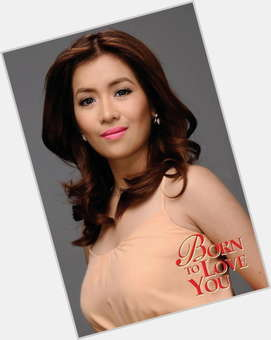 "<a href=""/hot-women/angeline-quinto/is-she-tomboy-suffering-kidney-disease-what-quintos"">Angeline Quinto</a> Voluptuous body,  dark brown hair & hairstyles"