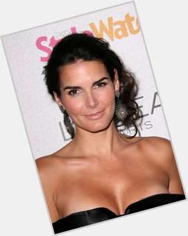 "<a href=""/hot-women/angie-harmon/is-she-married-and-mark-related-ncis-harmons"">Angie Harmon</a> Athletic body,  dark brown hair & hairstyles"