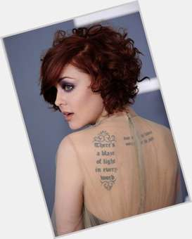 "<a href=""/hot-women/anna-nalick/is-she-married-country-russian-what-song-breathe"">Anna Nalick</a>"
