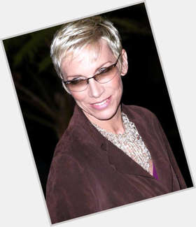 "<a href=""/hot-women/annie-lennox/is-she-christian-touring-scottish-married-homosexual-straight"">Annie Lennox</a> Slim body,  blonde hair & hairstyles"