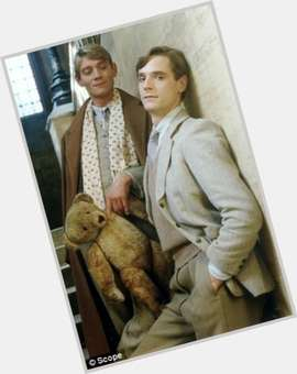"<a href=""/hot-men/anthony-andrews/is-he-married-what-doing-now-tall"">Anthony Andrews</a> Average body,  light brown hair & hairstyles"