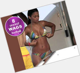 "<a href=""/hot-women/antonella-roccuzzo/is-she-pregnant-italiana-model-facebook-wiki-what"">Antonella Roccuzzo</a> Slim body,  black hair & hairstyles"
