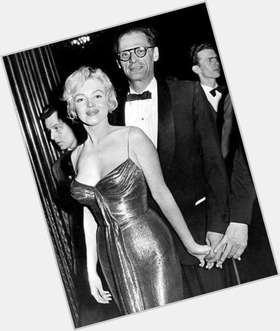 "<a href=""/hot-men/arthur-miller/is-he-communist-sexist-still-alive-atheist-realist"">Arthur Miller</a> Slim body,  dark brown hair & hairstyles"