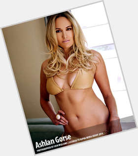 "<a href=""/hot-women/ashlan-gorse/is-she-still-e-pregnant-married-engaged-dating"">Ashlan Gorse</a> Slim body,  blonde hair & hairstyles"