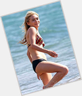 "<a href=""/hot-women/ashley-olsen/is-she-married-dating-anyone-virgin-drugs-right"">Ashley Olsen</a> Slim body,  blonde hair & hairstyles"