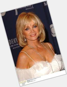 "<a href=""/hot-women/barbara-mandrell/is-she-still-alive-performing-married-grandmother-living"">Barbara Mandrell</a> Slim body,  blonde hair & hairstyles"