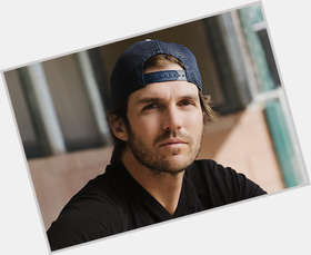 Barry Zito dark brown hair & hairstyles Athletic body,