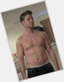 "<a href=""/hot-men/ben-mckenzie/is-he-married-single-still-southland-leaving-hot"">Ben Mckenzie</a> Athletic body,  light brown hair & hairstyles"