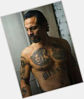 "<a href=""/hot-men/benjamin-bratt/is-he-still-married-mexican-hispanic-modern-family"">Benjamin Bratt</a> Slim body,  black hair & hairstyles"