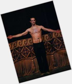 "<a href=""/hot-men/benjamin-millepied/is-he-vegan-vegetarian-black-swan-circumcised-catholic"">Benjamin Millepied</a> Athletic body,  dark brown hair & hairstyles"