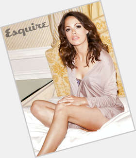 "<a href=""/hot-women/berenice-bejo/is-she-married-black-dancer-mixed-race-dating"">Berenice Bejo</a> Slim body,  dark brown hair & hairstyles"