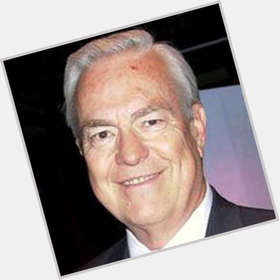 "<a href=""/hot-men/bill-kurtis/is-he-married-alive-catholic-retiring-when-and"">Bill Kurtis</a> Average body,  salt and pepper hair & hairstyles"