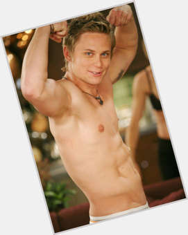 "<a href=""/hot-men/billy-magnussen/is-he-married-boardwalk-empire-dating"">Billy Magnussen</a> Athletic body,  blonde hair & hairstyles"
