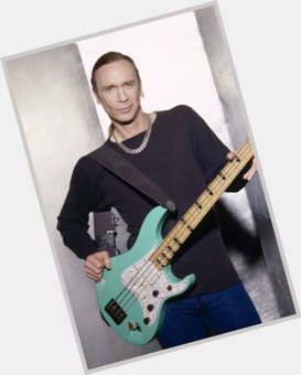 "<a href=""/hot-men/billy-sheehan/is-he-married-wife-tall-much-worth"">Billy Sheehan</a> Average body,  dyed blonde hair & hairstyles"