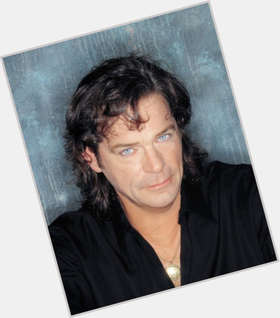 Bj Thomas dark brown hair & hairstyles Athletic body,