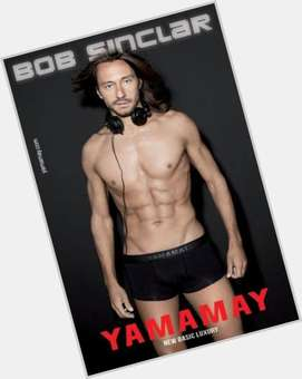 "<a href=""/hot-men/bob-sinclar/is-he-married-french-dj-tennis-player-jamaica"">Bob Sinclar</a> Athletic body,  light brown hair & hairstyles"