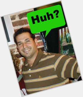 "<a href=""/hot-men/bobby-deen/is-he-married-still-food-network-divorced-dating"">Bobby Deen</a> Average body,  dark brown hair & hairstyles"