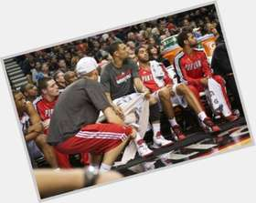 Brandon Roy dark brown hair & hairstyles Athletic body,
