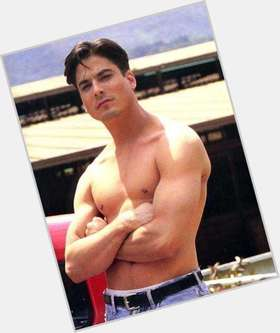 "<a href=""/hot-men/bryan-dattilo/is-he-married-returning-days-leaving-hunger-games"">Bryan Dattilo</a> Athletic body,  dark brown hair & hairstyles"