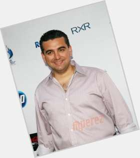 "<a href=""/hot-men/buddy-valastro/is-he-mom-died-rich-son-marco-adopted"">Buddy Valastro</a> Average body,  black hair & hairstyles"