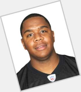 Byron Leftwich dark brown hair & hairstyles Athletic body,