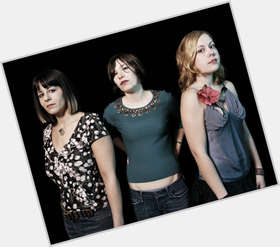 "<a href=""/hot-women/carrie-brownstein/is-she-bi-hot-straight-dating-fred-armisen"">Carrie Brownstein</a> Athletic body,  dark brown hair & hairstyles"
