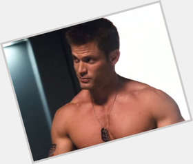 Casper Van Dien blonde hair & hairstyles Bodybuilder body,