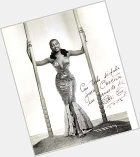 "<a href=""/hot-women/celia-cruz/is-she-died-man-cuba-black-still-alive"">Celia Cruz</a> Average body,  dark brown hair & hairstyles"