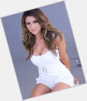 "<a href=""/hot-women/cerina-vincent/is-she-married-italian"">Cerina Vincent</a> Athletic body,  dark brown hair & hairstyles"