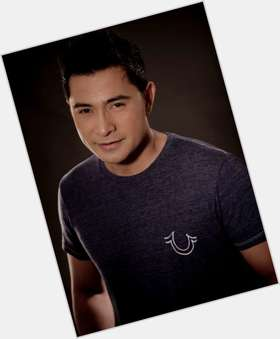 "<a href=""/hot-men/cesar-montano/is-he-and-sunshine-cruz-separated-where-now"">Cesar Montano</a> Large body,  black hair & hairstyles"