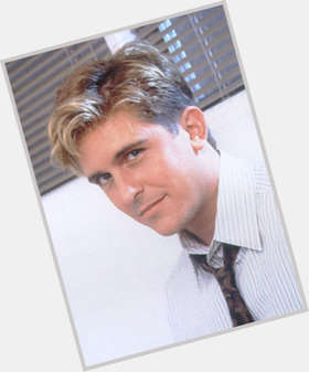 "<a href=""/hot-men/charlie-schlatter/is-he-married-divorced-where-now-what-doing"">Charlie Schlatter</a> Average body,  light brown hair & hairstyles"