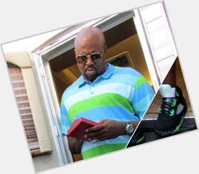 "<a href=""/hot-men/chi-mcbride/is-he-married-dating-what-net-worth-tall"">Chi Mcbride</a> Large body,  bald hair & hairstyles"