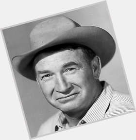 "<a href=""/hot-men/chill-wills/is-he-tall"">Chill Wills</a> Average body,"